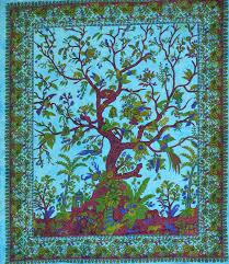 Inde tissu avec un arbre imprimé